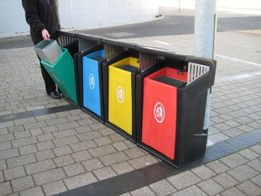 Provincial Litter Bin (Set of Four)